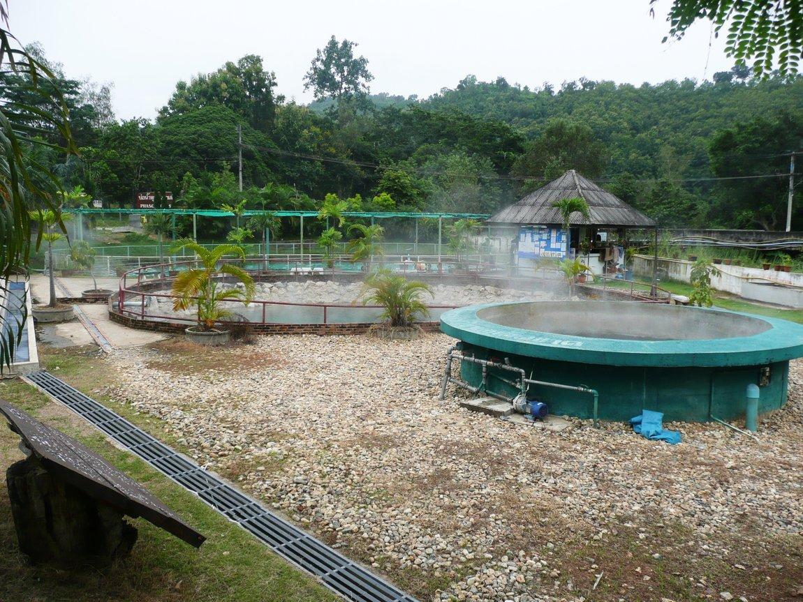 pha-seot-hot-springs-2.JPG