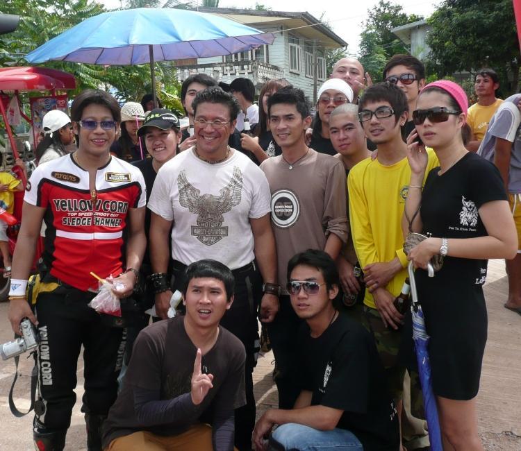 phi-ta-khon-dan-sai-bikers-1.