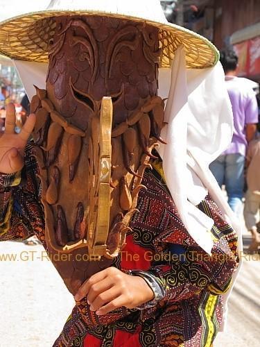 phi-ta-khon-festival-dan-sai-2010-011.