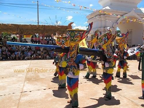 phi-ta-khon-festival-dan-sai-2010-014.