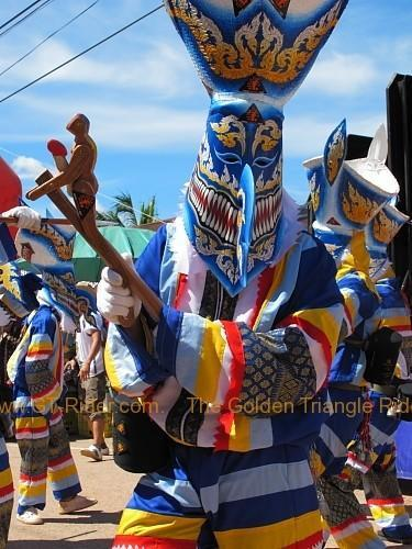 phi-ta-khon-festival-dan-sai-2010-016.