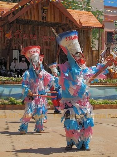 phi-ta-khon-festival-dan-sai-2010-019.