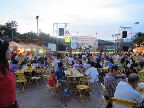 phi-ta-khon-festival-dan-sai-2010-030.