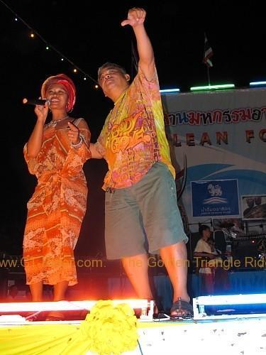 phi-ta-khon-festival-dan-sai-2010-033.
