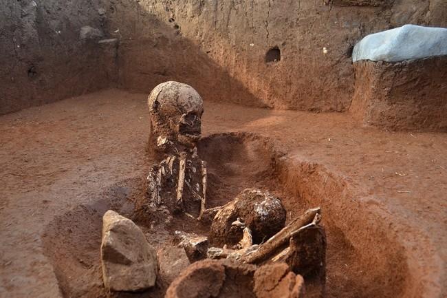 Primary-burial-PoJ-1.