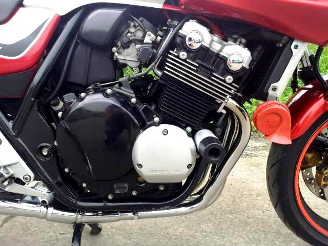 q1v62.jpg /For sell  honda cb 400 boldor  superfour  hyper vtec 3  with fully registed green bk./Motorcycle Buy & Sell - S.E. Asia/  - Image by: