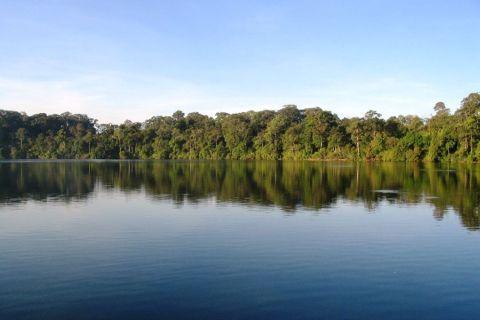 ratanakiri-yeak-lom-lake.