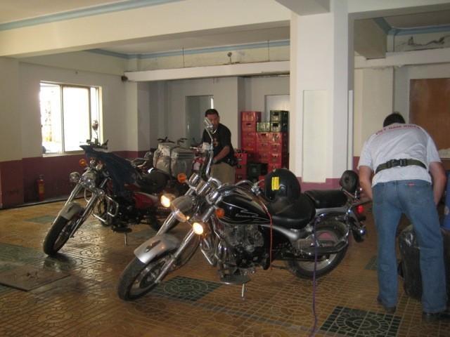 REHolidayVietnam2011-104_zpsecaf8191.