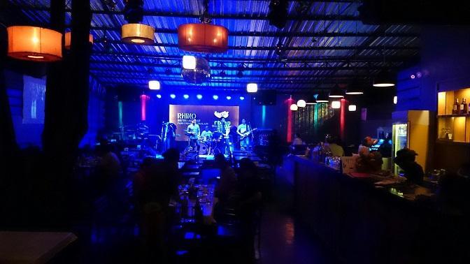 Rhino pub and bistro fang Chiang Rai (5).JPG