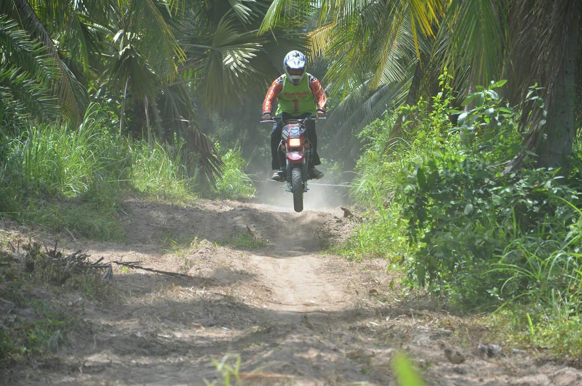 Riding4-X2.