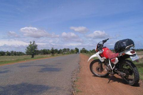 road-to-kampot.jpg /Bokor Hill Station (South Cambodia) - Motorycle Trip Report/Cambodia Motorcycle Trip Report Forums/  - Image by: