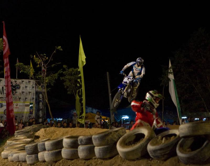 RobboAir2.jpg /The  CEI Supercross Weekend./Touring Northern Thailand - Trip Reports Forum/  - Image by: