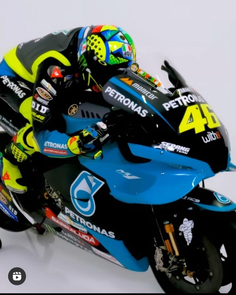 Rossi Yamaha 1(2).jpg