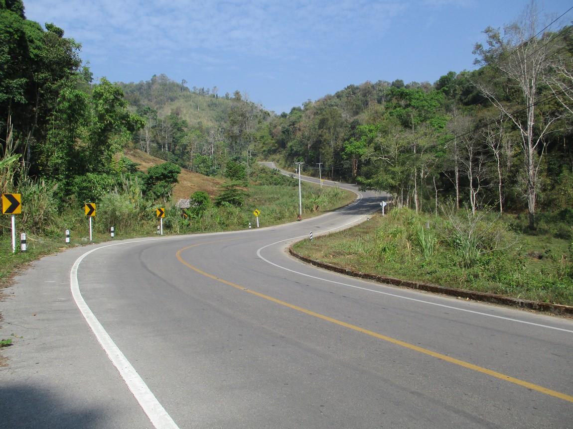 Route-105-Mae-Saring-Mae-Sot (12).JPG