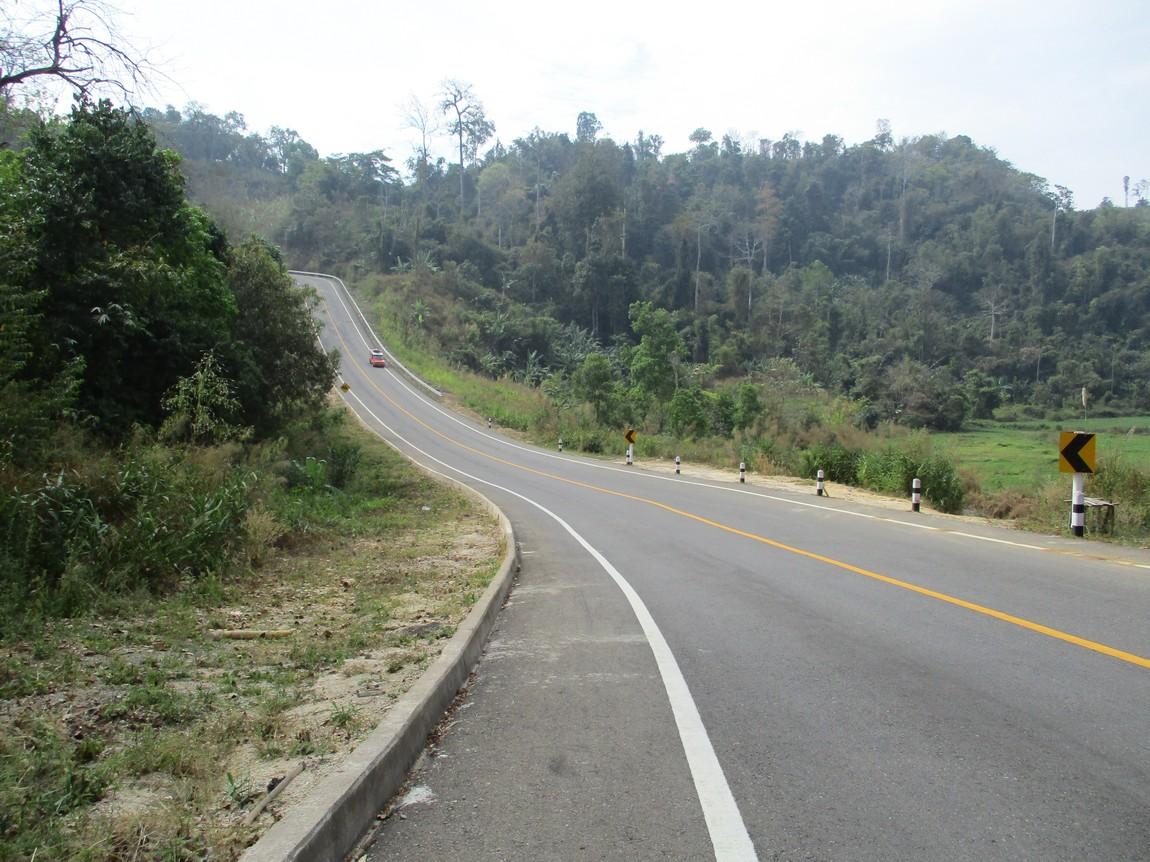 Route-105-Mae-Saring-Mae-Sot (17).JPG