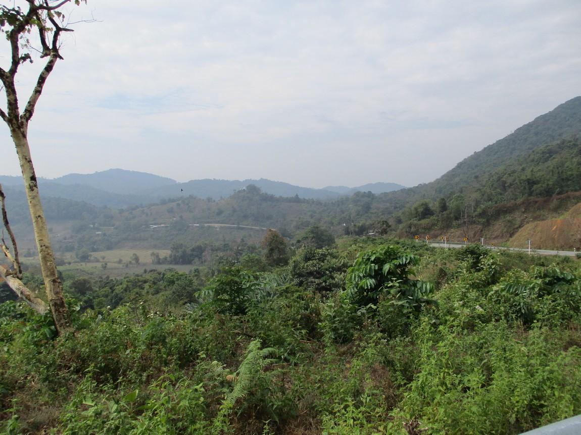 Route-105-Mae-Saring-Mae-Sot (19).JPG