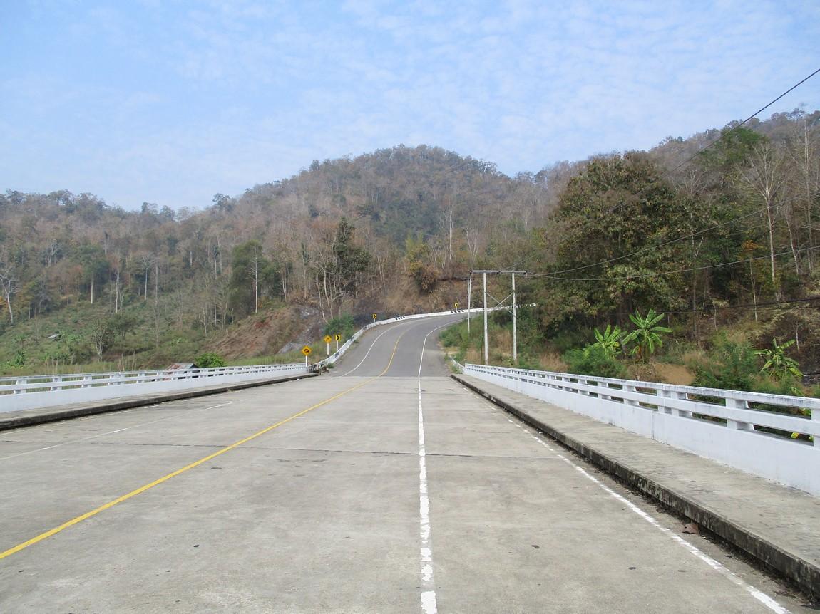 Route-105-Mae-Saring-Mae-Sot (2).JPG