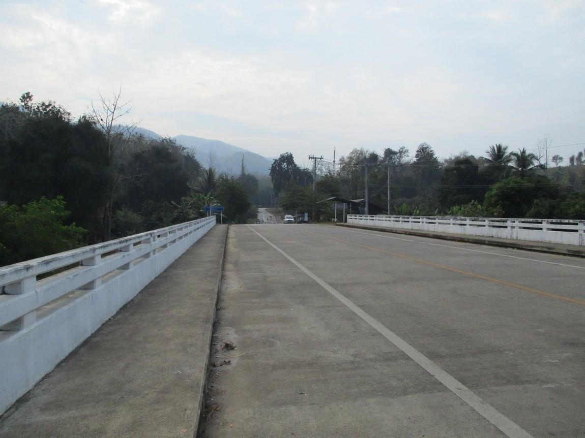 Route-105-Mae-Saring-Mae-Sot (7).JPG