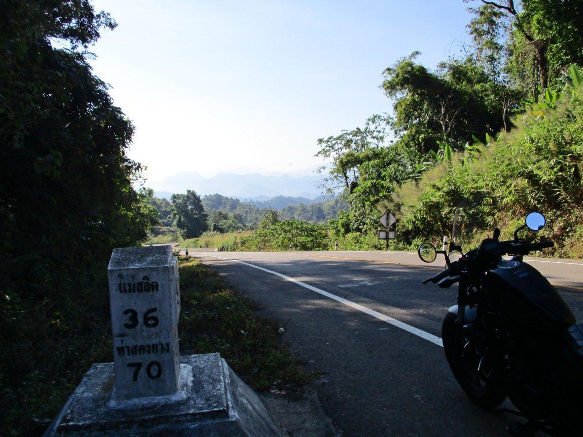 route-105-towardsmae-sot.