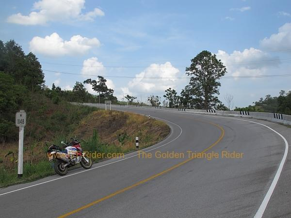 route-1148-chiang-kham-tha-wang-pha-002.