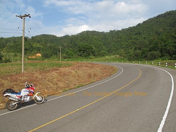 route-1148-chiang-kham-tha-wang-pha-012.