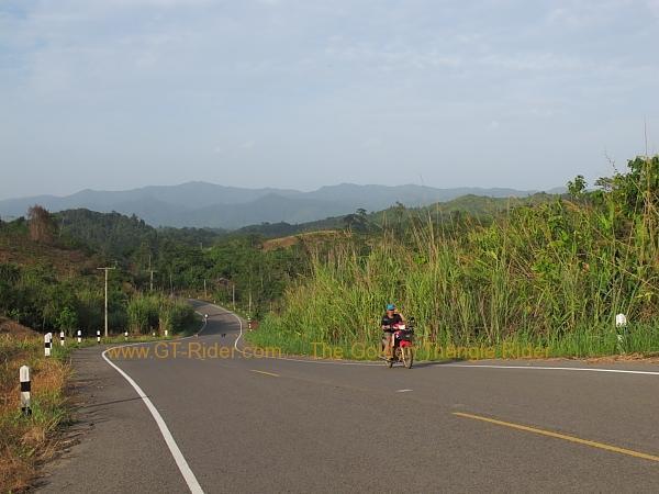 route-1148-chiang-kham-tha-wang-pha-018.