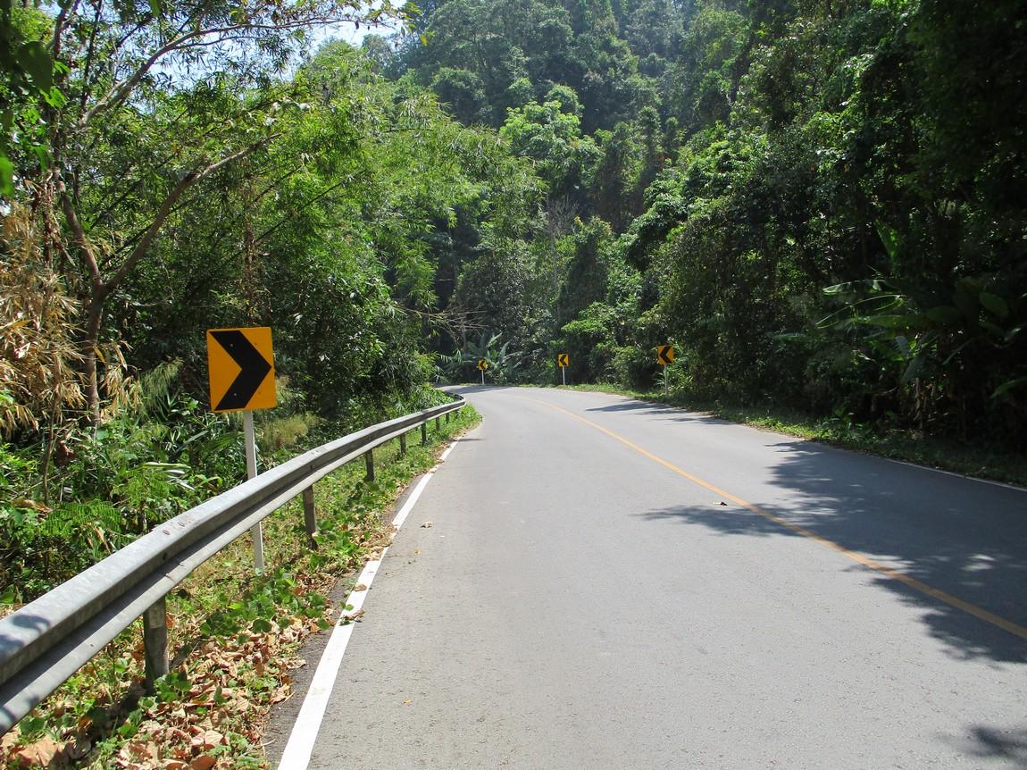 Route-1175-Mae-Ramat-Noi-to-1107 (12).JPG