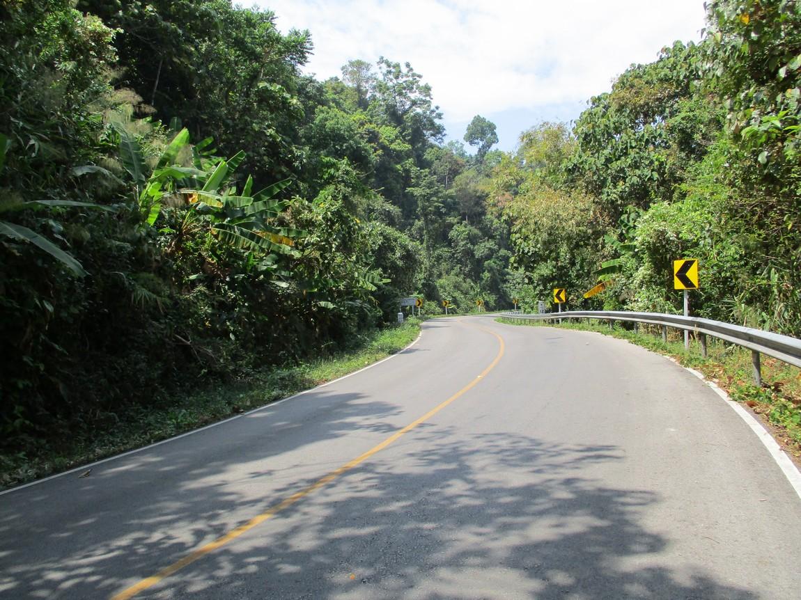 Route-1175-Mae-Ramat-Noi-to-1107 (13).JPG