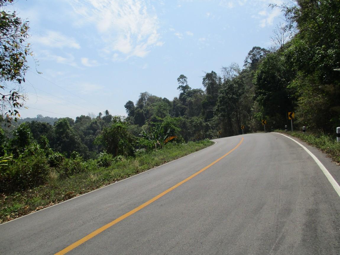 Route-1175-Mae-Ramat-Noi-to-1107 (17).JPG