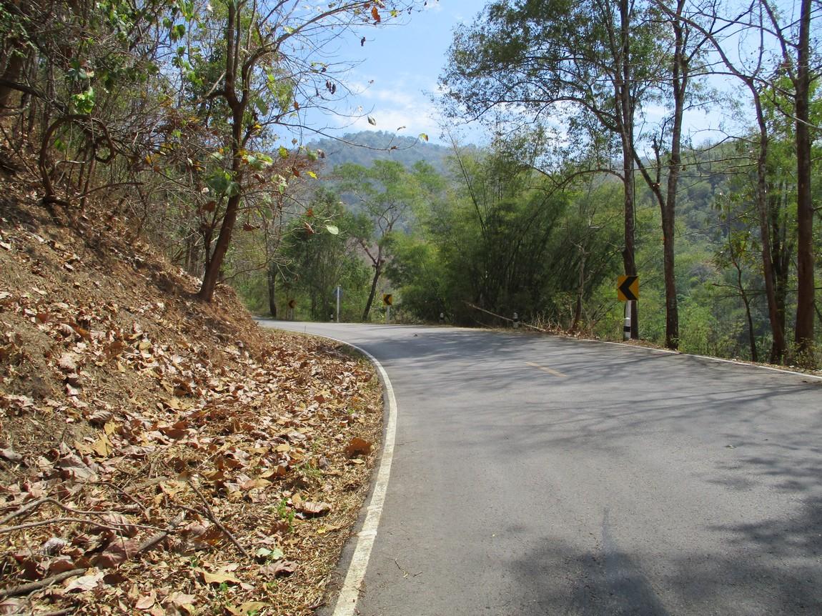 Route-1175-Mae-Ramat-Noi-to-1107 (18).JPG