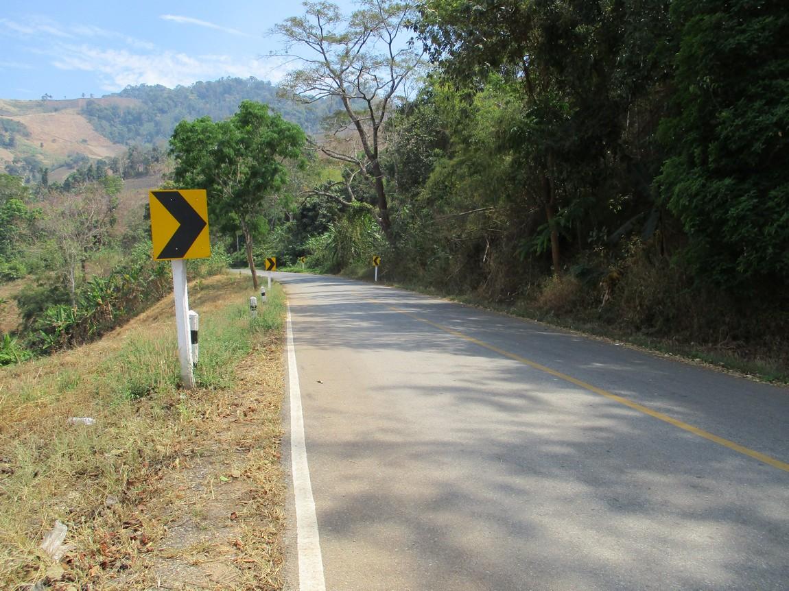 Route-1175-Mae-Ramat-Noi-to-1107 (2).JPG