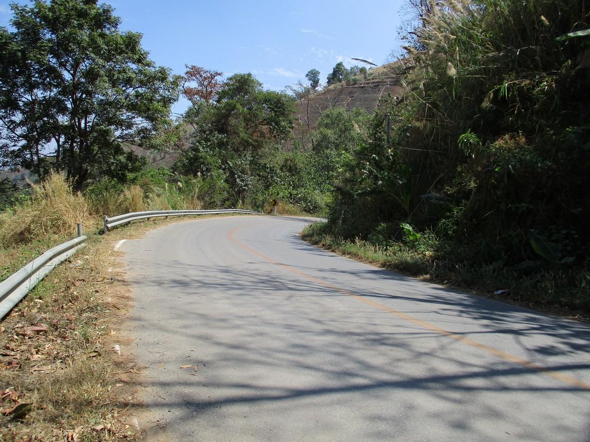 Route-1175-Mae-Ramat-Noi-to-1107 (6).JPG