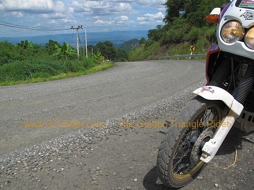 route-2331-the-phu-hin-rongkla-road-006.