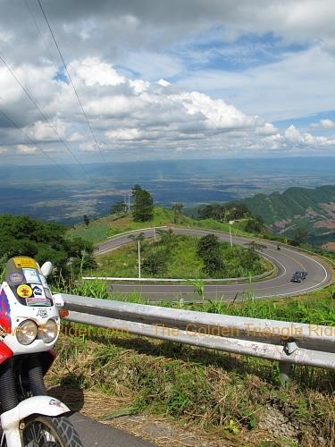 route-2331-the-phu-hin-rongkla-road-007.