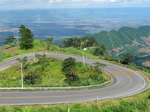 route-2331-the-phu-hin-rongkla-road-008.