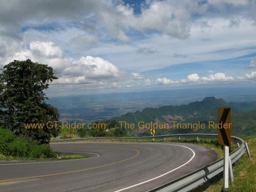 route-2331-the-phu-hin-rongkla-road-018.