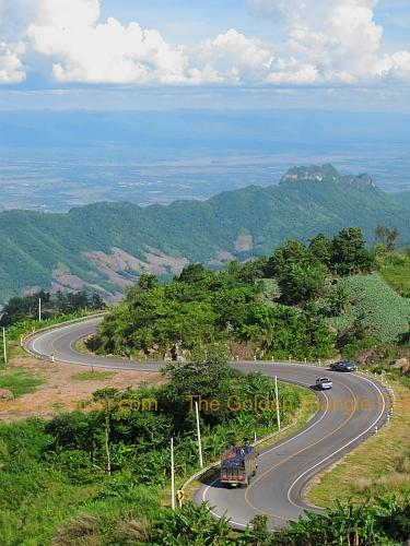 route-2331-the-phu-hin-rongkla-road-027.