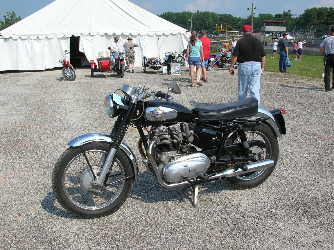 Royal-Enfield-750cc-twin.