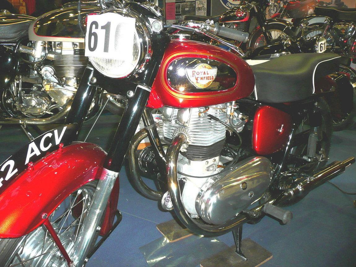 Royal_Enfield_Super_Meteor_1957.JPG