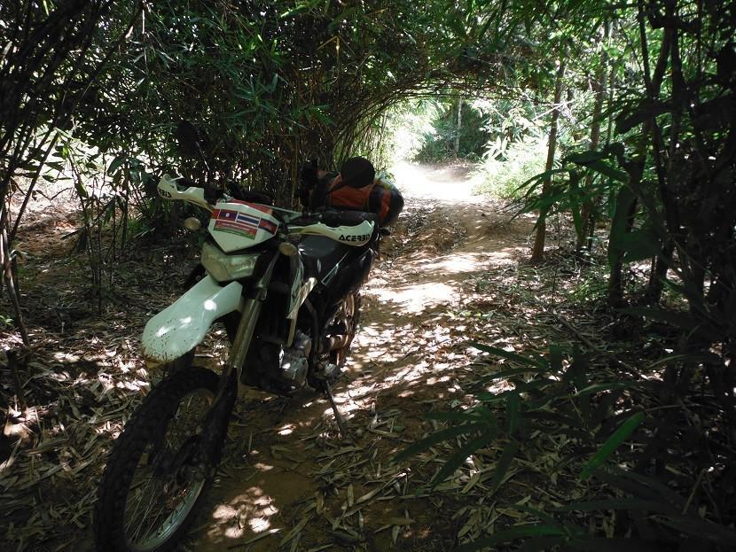 SalavanLaosMotorcycleRide18.