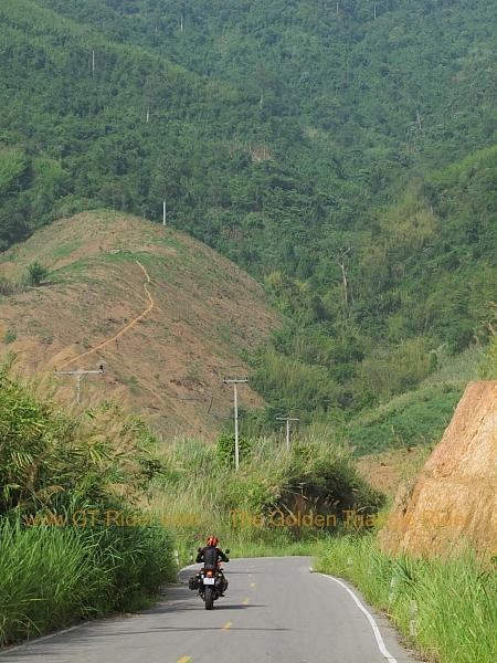 santhiphab-road-nan-004.