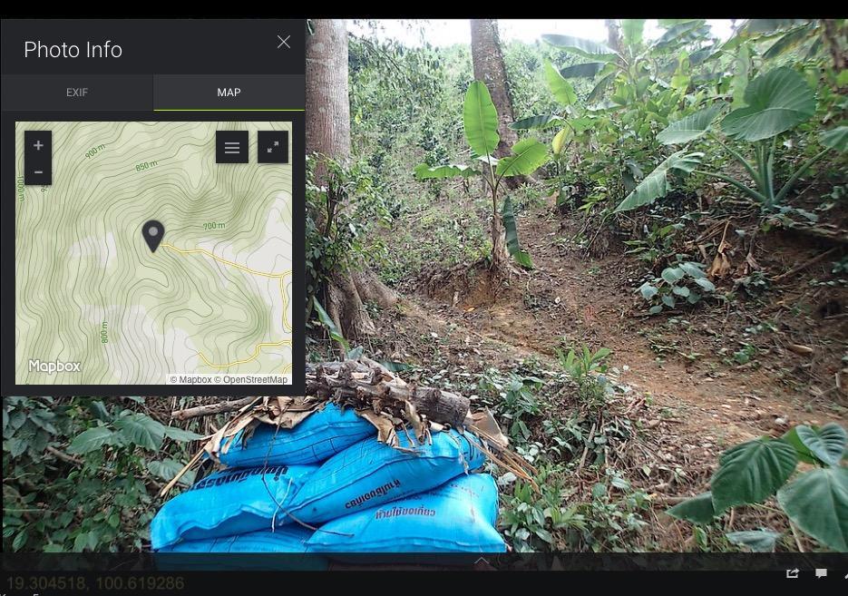 SmugMug with MapBox.