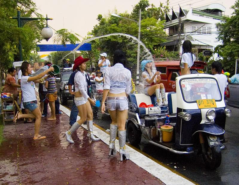 Songkhran46.jpg /Songkran Thai New Year Holidays/Festivals &  Events - S.E. Asia/  - Image by:
