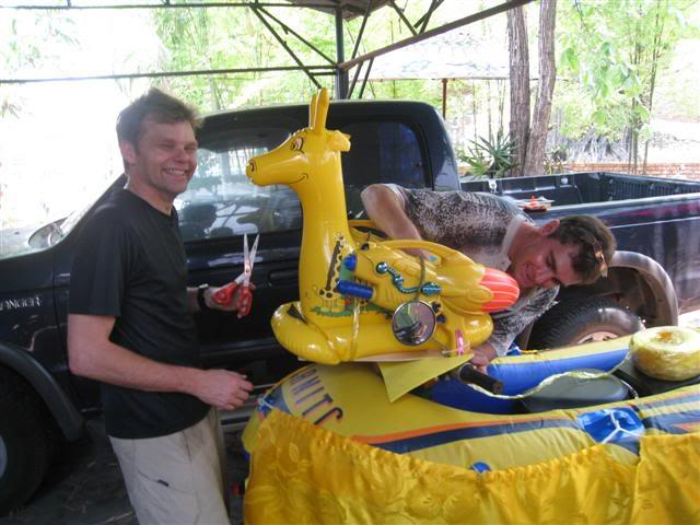 Songkran006.jpg /Songkran day, the gt riders way/Northern Thailand - General Discussion Forum/  - Image by: