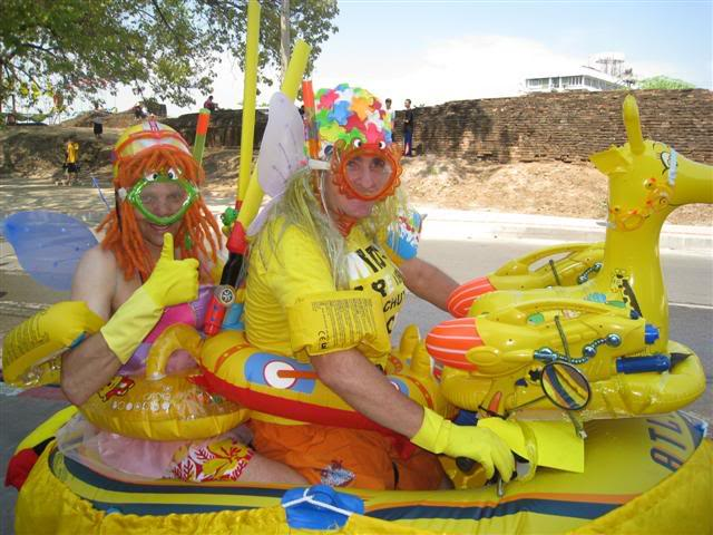 Songkran029.jpg /Songkran day, the gt riders way/Northern Thailand - General Discussion Forum/  - Image by: