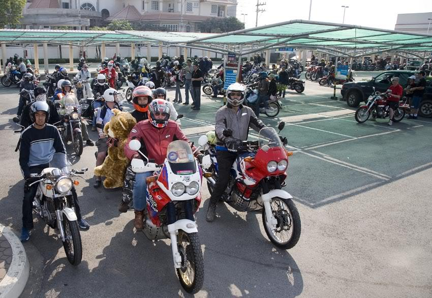 Start1LR.jpg /More Chiang Mai Toy Ride Pix/Chiang Mai ToyRide/  - Image by:
