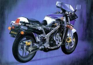 SUZUKI1985_RG500_broch04_450.