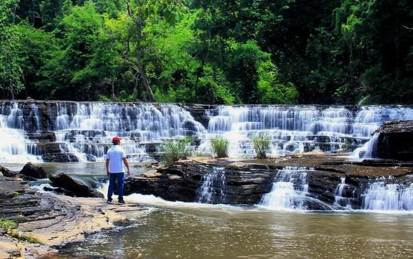 Thac-thuy-tien.jpg in Vietnam - The 10 Best Waterfalls from  DavidFL at GT-Rider Motorcycle Forums