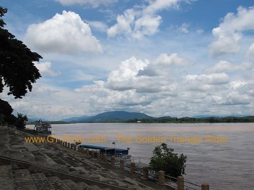 the-mekong-chiang-saen-002.