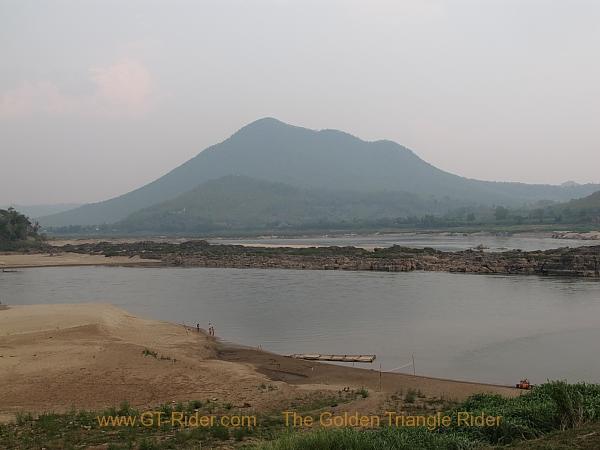 the-mekong-nong-khai-chiang-khan-011.